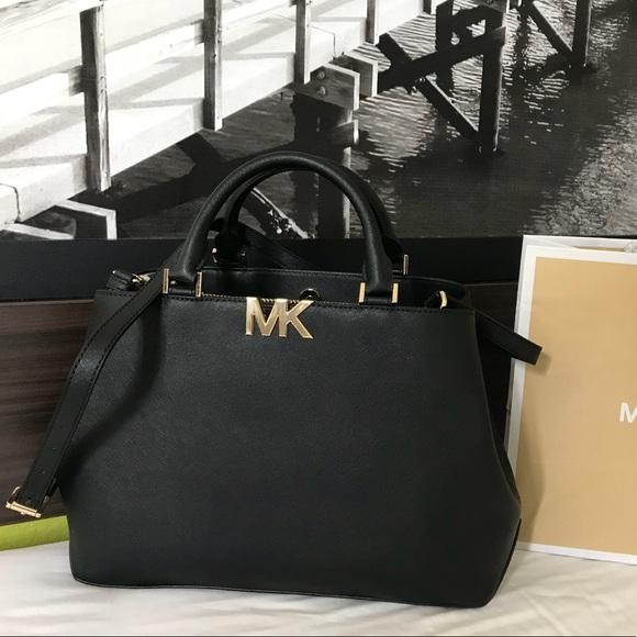 0b946707a628 Michael Kors Bags | 368 Florence Handbag Bag Mk Purse | Poshmark